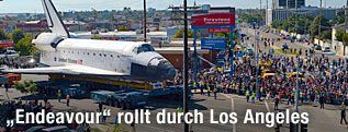 """Endeavour"" rollt durch Los Angeles"